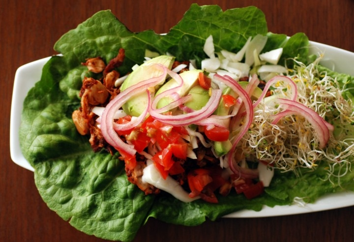 "Carolina BBQ Jackfruit Pulled ""Pork"" Wraps with Pickled Red Onions ..."