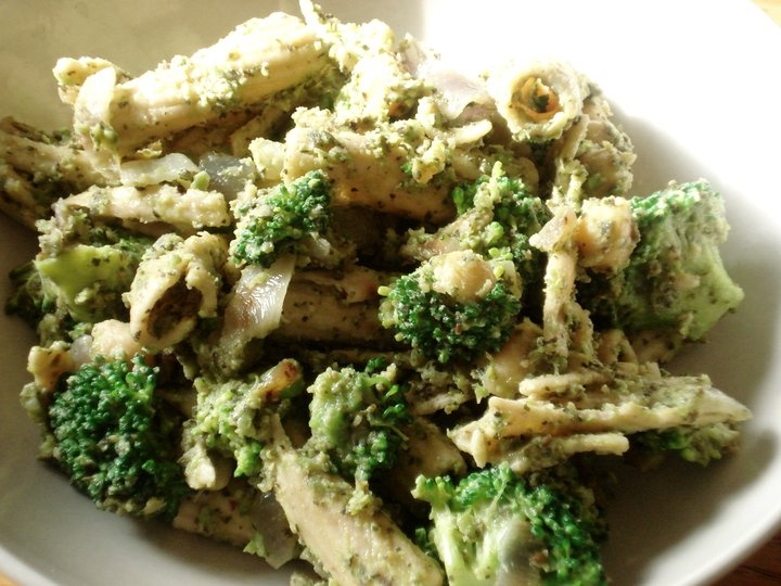 Broccoli Pesto Pasta Salad | Salads | Pinterest