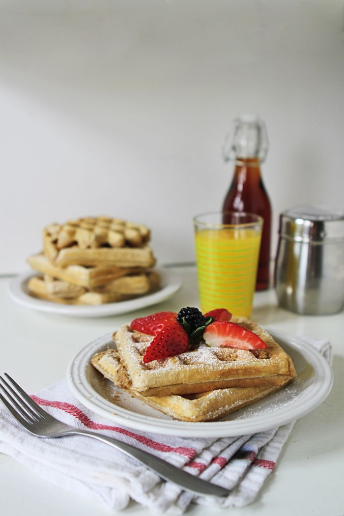 Brown Sugar and Cinnamon Waffle Recipe | brewedtogether.com
