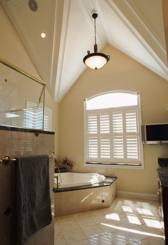 Master bath cool ceiling idea dream home pinterest for Cool master bathrooms