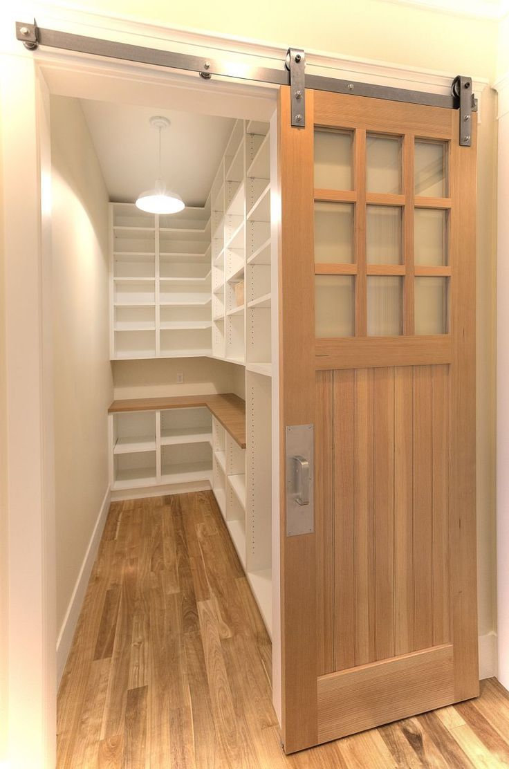 Barn sliding door and gorgeous butler pantry kitchen for Sliding pantry doors