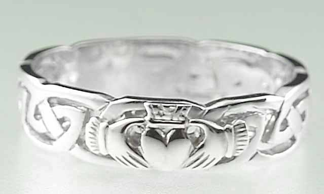 I want this as my wedding band