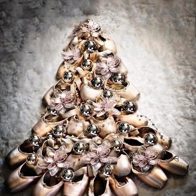 Christmas ballet dance pinterest for Ballet shoes christmas decoration