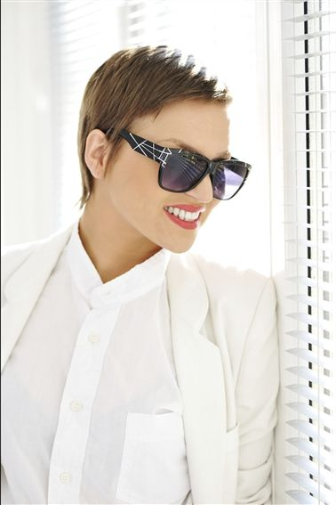 Elegant frisure til kort hår #hair #style