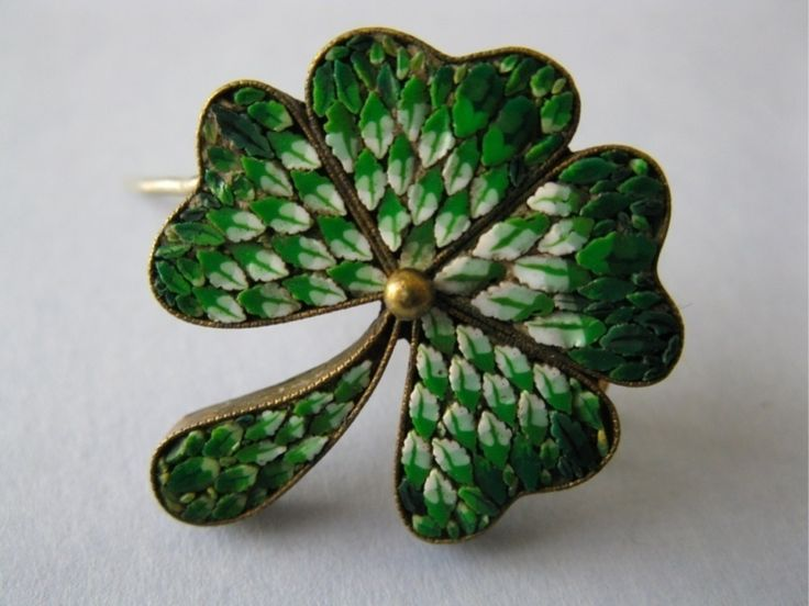 Antique Victorian Italy Micro Mosaic Italy Four Leaf Clover Brooch Pin