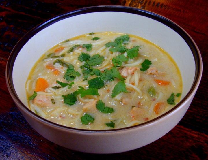 spicy thai chicken noodle soup | Soups, Stews, & Chilis | Pinterest