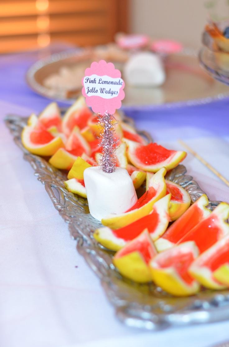 pink lemonade jello shots in lemon wedges- big crowd pleaser! (of ...