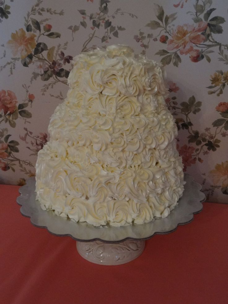 Gluten Free White Cake With Italian Meringue Buttercream ...