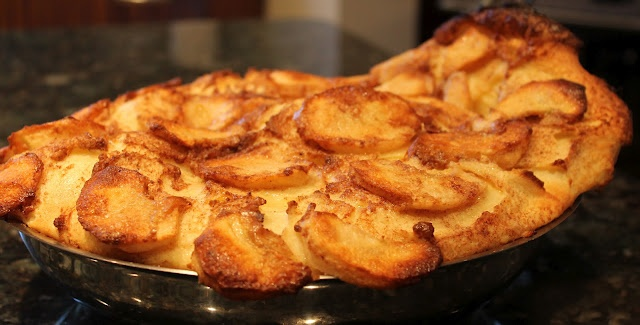 Yum...Dutch Baby (Apple Pancake) | GERMAN RECIPES | Pinterest