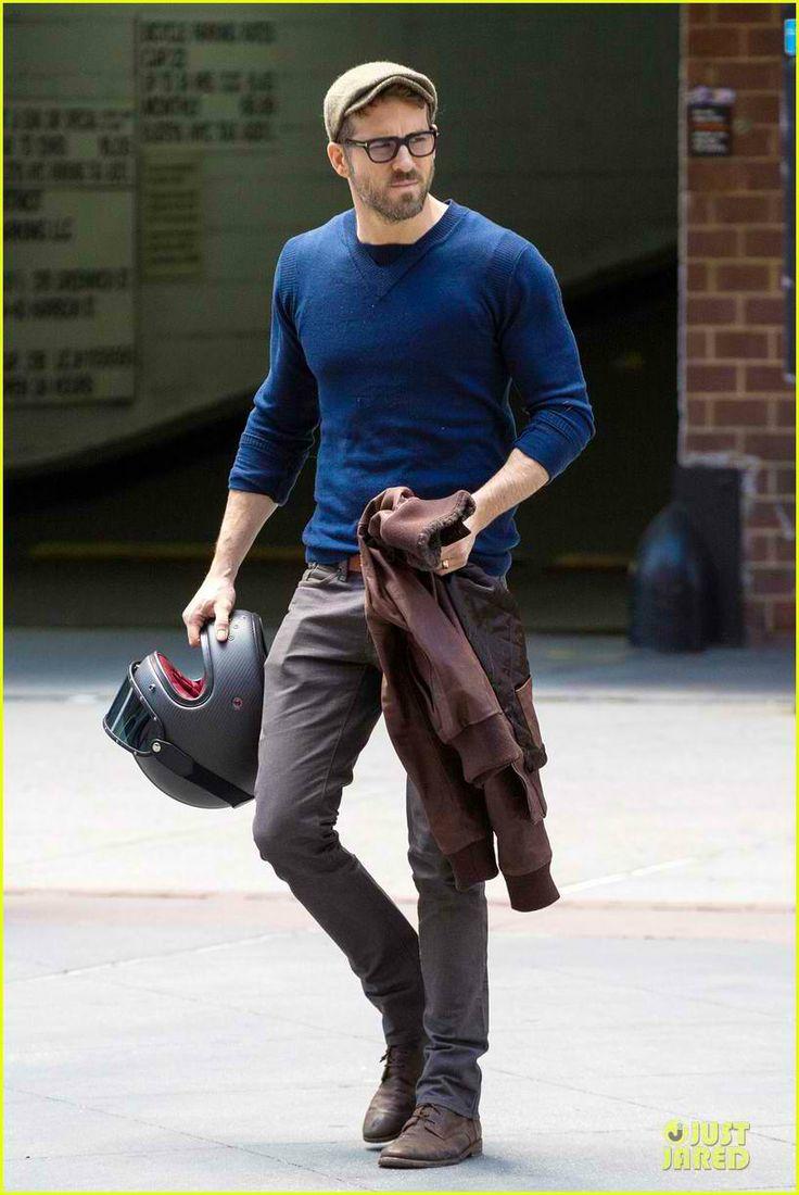 Ryan Reynolds Rides Hi... Ryan Reynolds