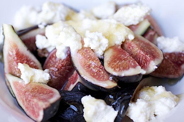 Fresh Figs, Honey and Ricotta | Food I Love | Pinterest