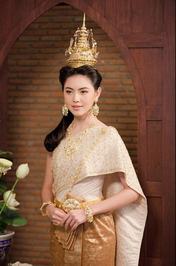 Perfect The US Department Of Passports And International Travel Advises Women To Pack Clothing According To The Customs Of Countries Or Other Locales Theyre Visiting When Reinhardt Visited Thailand The First Time, She Met A Man Who Offered To