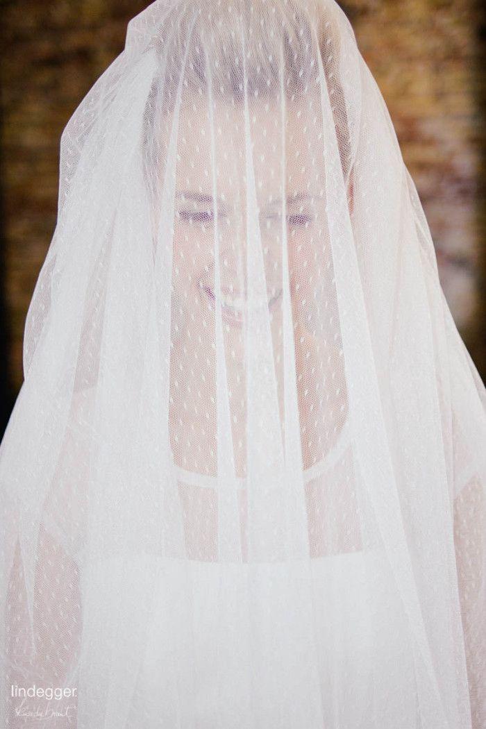 Pippa – Brautkleid in A-Form aus Tupfen-Tüll  kuessdiebraut ...
