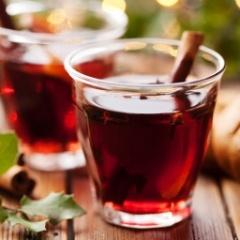 Spiced Pomegranate-Apple Cider | Yummy Tummy Adult Recipes | Pinterest