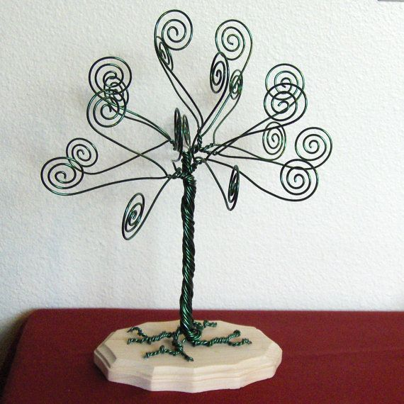 Kelly Green Wire Tree Card Holder Photo Display