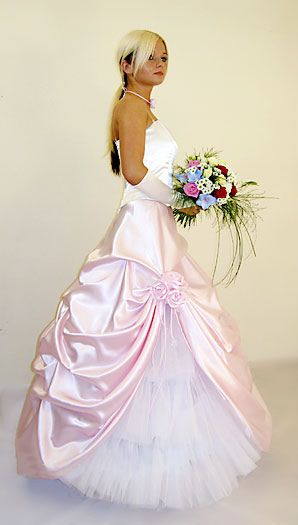 Sissi Ballkleid bodenlang Brautkleid  Brautkleider  Pinterest