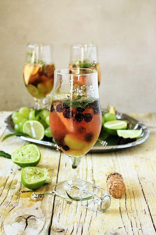 , summer fruit and verbena sangria from Pratos e Travessas: Sangria ...