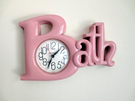 Vintage 1980 39 s pink bath wall clock for Bathroom clock ideas