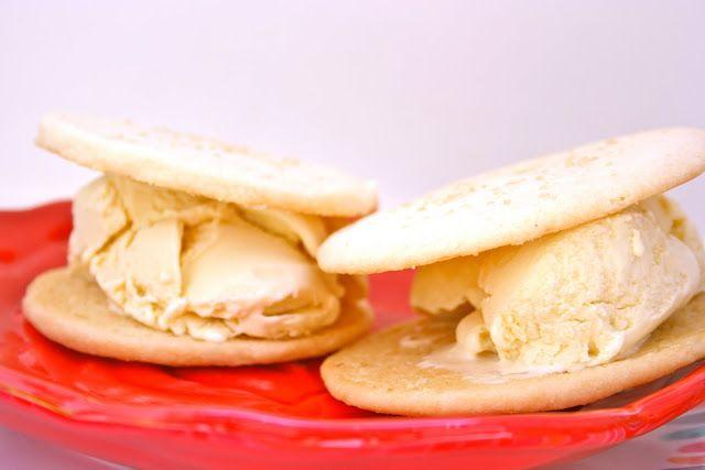 Shortbread Cookie Ice Cream Sandwiches   Cookies   Pinterest