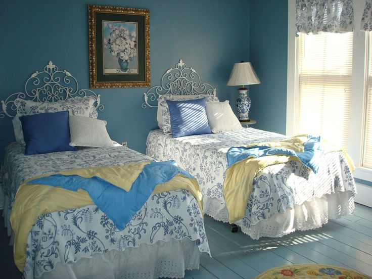 Guest rooms in girls night inn cute idea for guest room