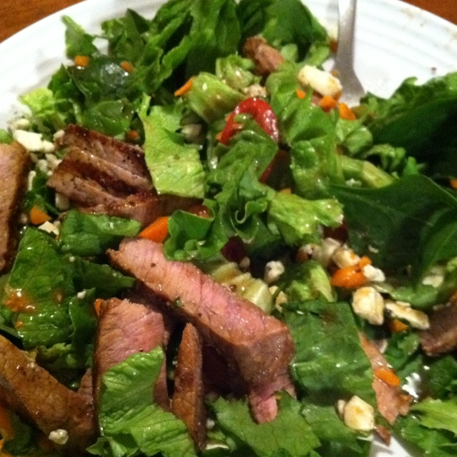 Grilled steak salad with bleu cheese crumbles & roasted garlic ...