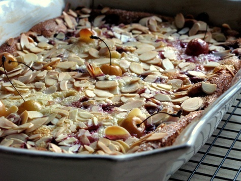 cherry almond clafoutis | on sundays we brunch | Pinterest