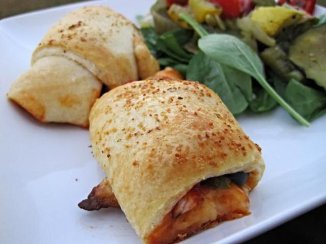 Pizza Crescent Rolls | Skinny Muffin | Foods to know and love | Pinte ...