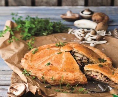Autumn harvest potato and mushroom pie....what a perfect vegetarian ...