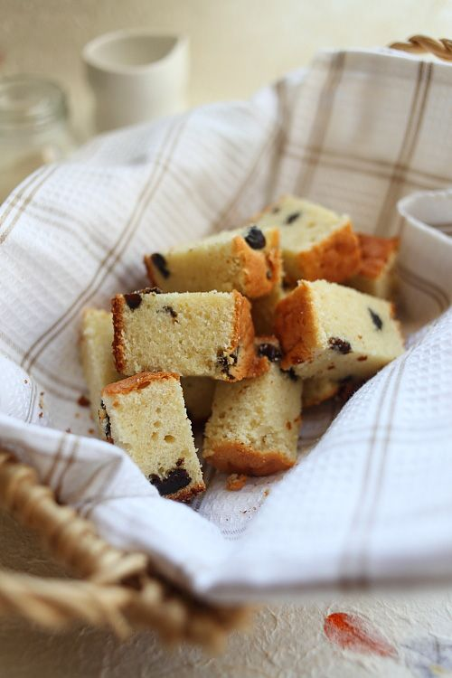 ... butter cake? Brandy Butter Cake with Prunes! #butter #prunes #cakes