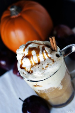 Apple cider floats: Screams FALL! from pass the sushi cooking blog