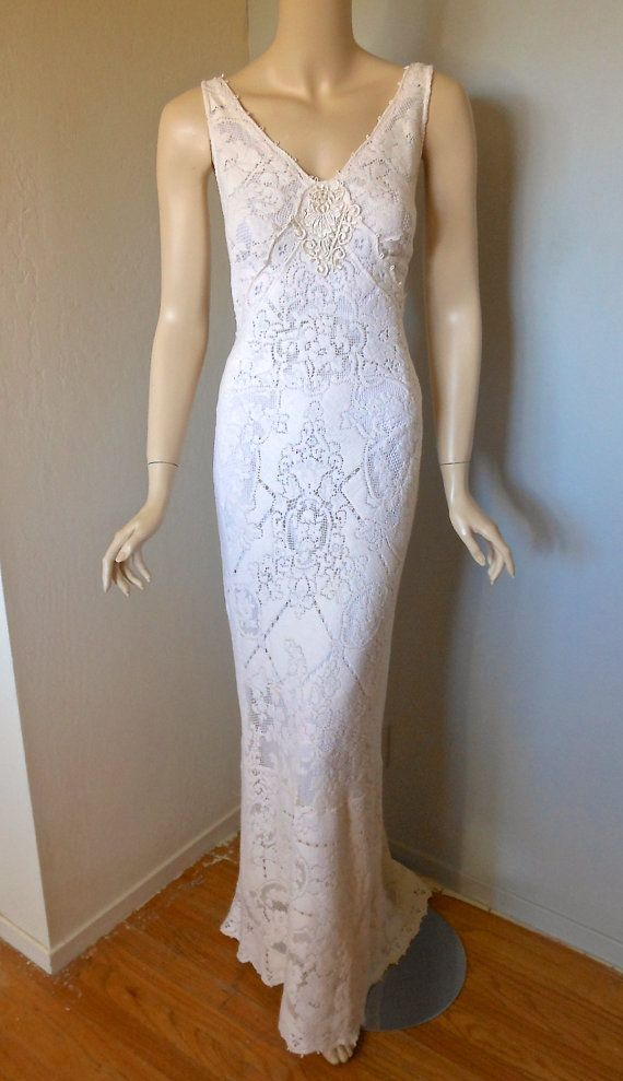 Wedding Dress Lace Cut Out Back : Sophisticated boho cut out lace wedding dress low back