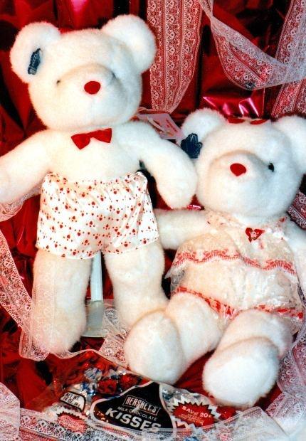 teddy bear for valentine day good idea