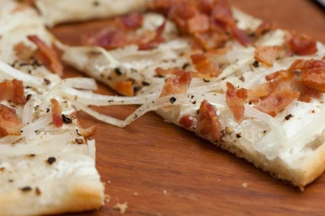 Sour cream, bacon, cracked black pepper & onion pizza...not a TRACE of ...