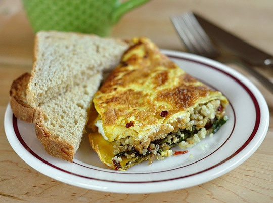 omelet with quinoa, sun dried tomato, spinach and goat cheese