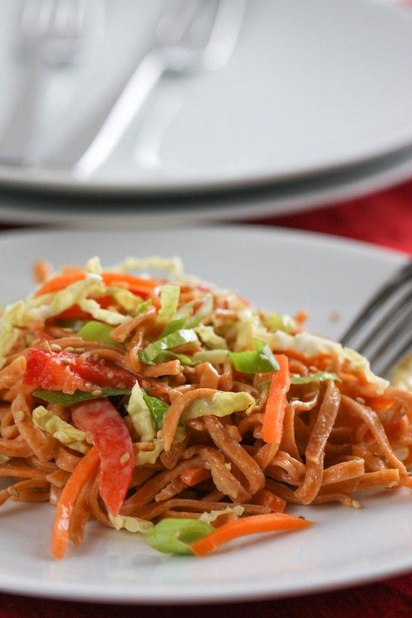 Asian Cold Noodle Salad via @April