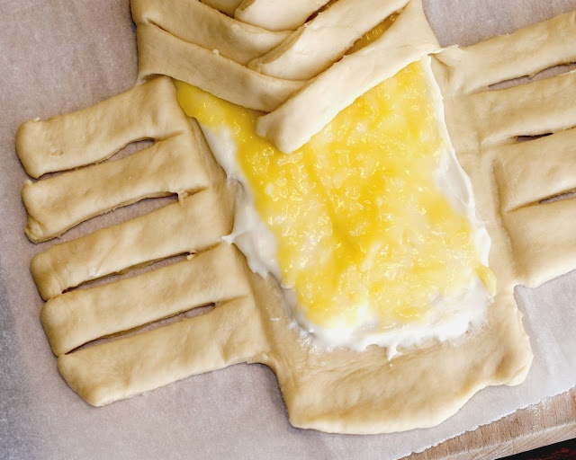 lemon cheese braided bread | scrump-dily-umptious | Pinterest