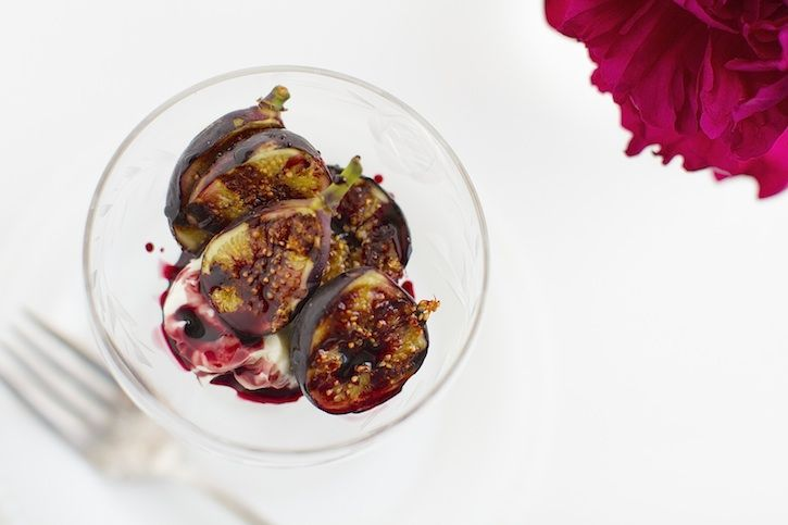 Grilled Figs with Mascarpone Cheese and Port Wine Reduction