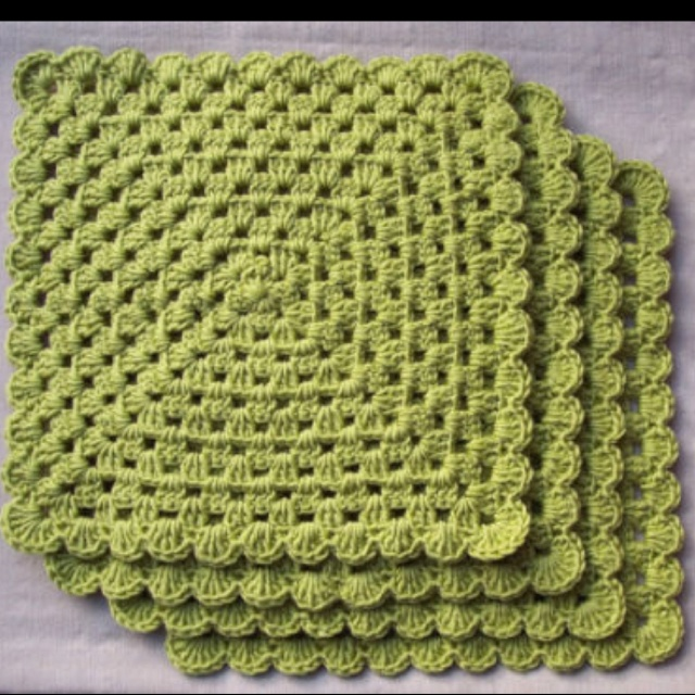 Crochet Placemats : Green crocheted placemat CROCHET Pinterest