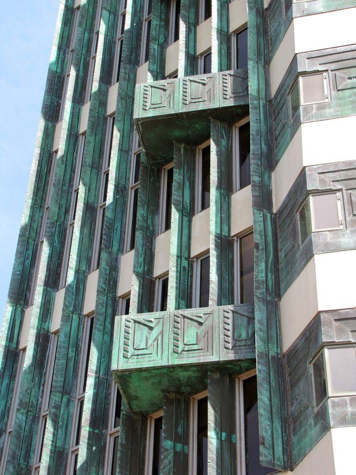 Price tower frank lloyd wright facade pinterest for Frank lloyd wright bartlesville