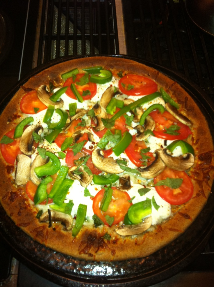 whole wheat crust, basil, tomato, mushroom, green pepper, mozzarella ...