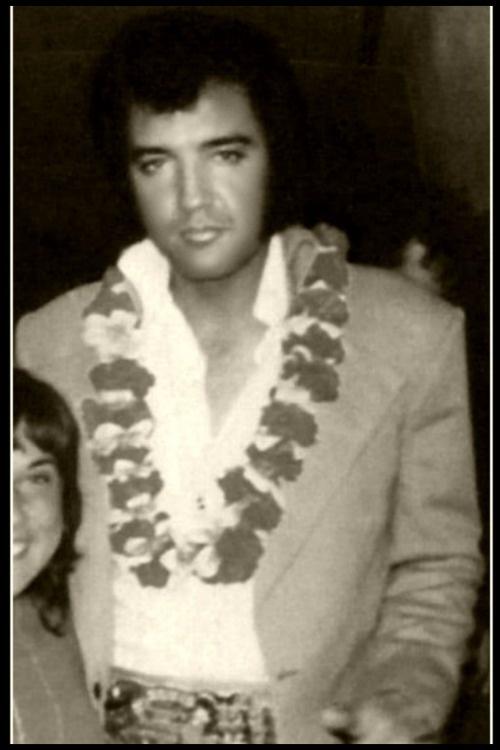 Elvis in Hawaii   Elvis   Pinterest