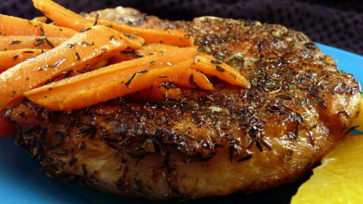 Pan Seared Pork Chops With Glazed Carrots