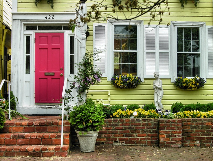 Yellow house red door red doors pinterest for Yellow and red house
