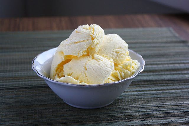 Homemade Vanilla Ice Cream without a machine