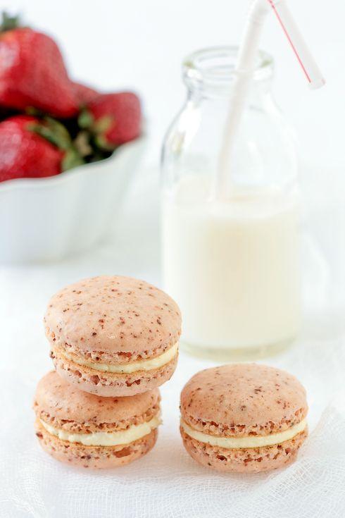 Powdered Strawberry and Vanilla Bean Macarons