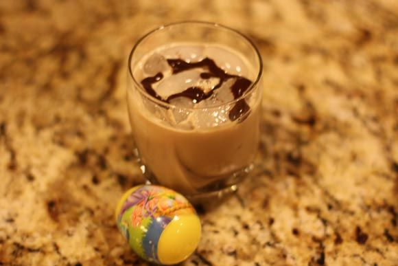 THE CHOCOLATE CARAMEL EASTER EGG | Recipies | Pinterest