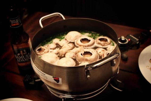 recipe} Coq au Vin Fondue | brilliantly edible | Pinterest