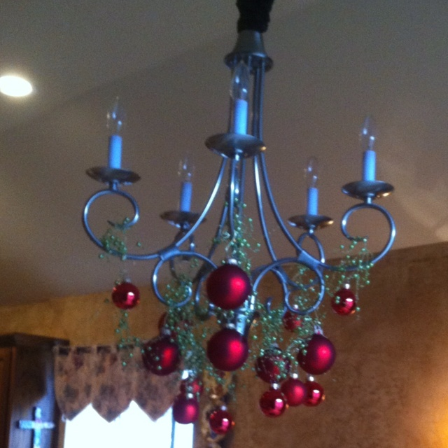Decorating Ideas > Christmas Decorations  Chandelier  DIY Delights  Pintere ~ 035752_Christmas Decorations Ideas For Chandeliers