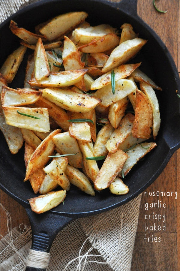 rosemary garlic crispy baked fries