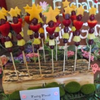 princess fruit wands | Brielle B-day Ideas | Pinterest